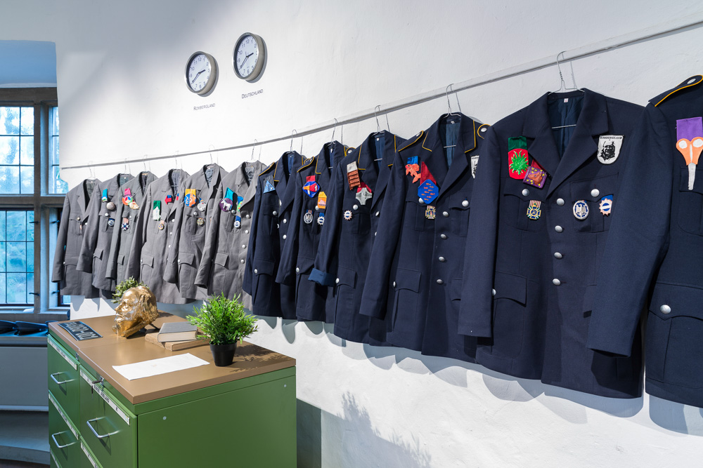 Rombergland: Uniform, Foto: Roland Baege